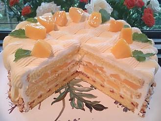 宮古島マンゴーのショートケーキ